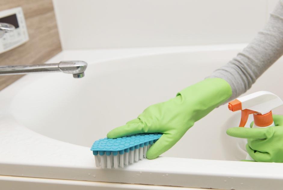 浴槽の掃除:マーチンソンヒュームvsマジックリン