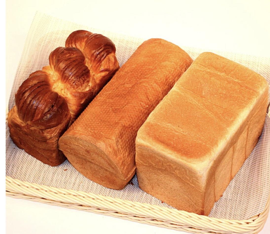 朝食での会話:コッペパンとバターロールの違い